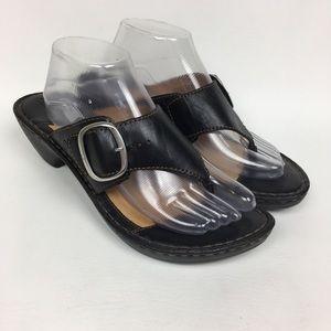 Børn Sz 10/42 Black Leather Heeled Sandals T-Strap